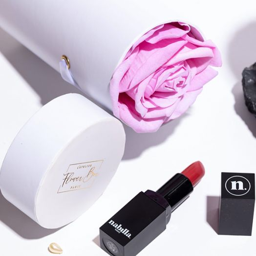 1 lipstick + 1 box rose doux