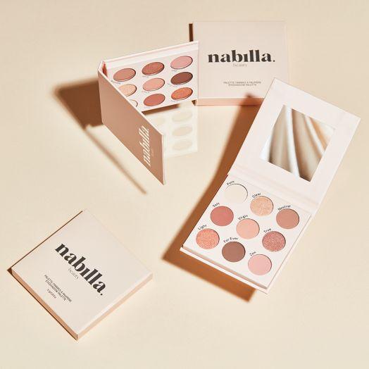 1 Palette Beige Nude 03 + 2 lipsticks au choix + 1 gloss One More Time 24 offert